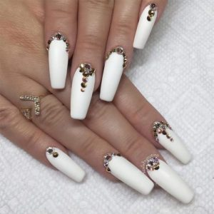 33 Fancy White Coffin Nails Designs My Stylish Zoo