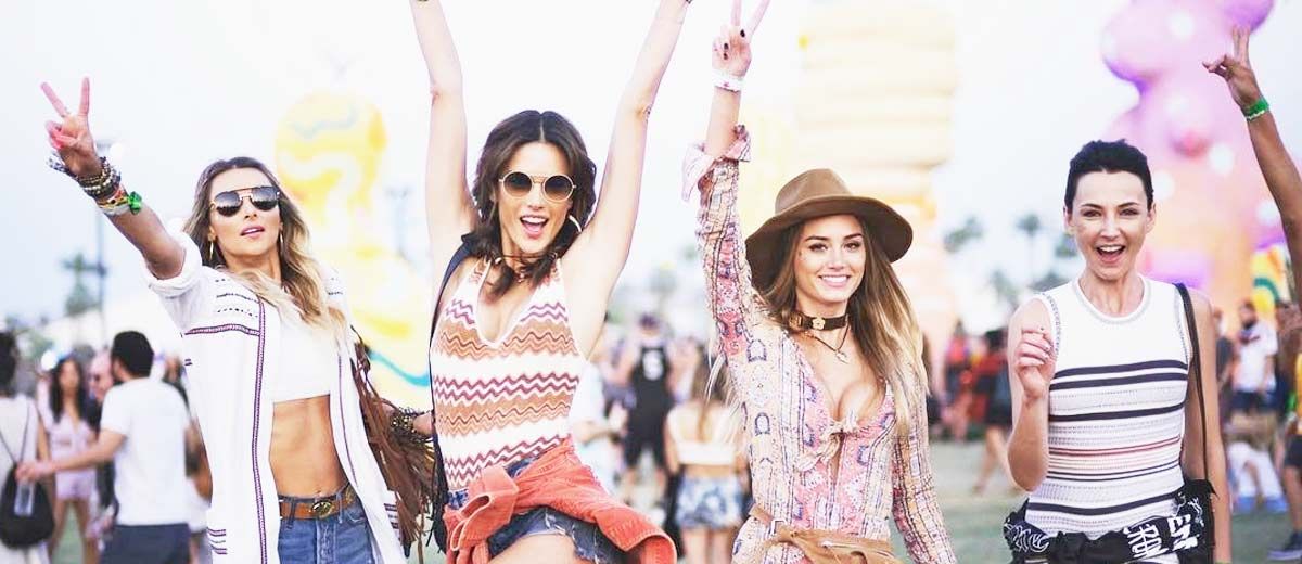 8d2253595a 33 HOTTEST FESTIVAL OUTFITS FOR COACHELLA ARE RIGHT HERE – My Stylish Zoo
