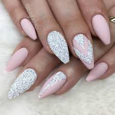 36 AMAZING PROM NAILS DESIGNS – QUEEN'S TOP 2018