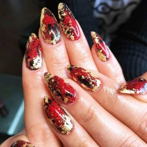 27 Stunning Gold Foil Nail Designs To Make Your Manicure Shine My