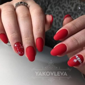 30 Chic Red Nail Designs To Say Im Hot My Stylish Zoo
