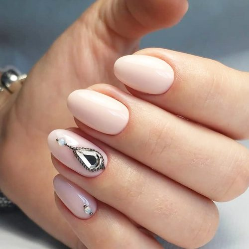 Even the simplest oval nail designs can be brought to a completely new  level if you decide to incorporate some rhinestones or gems. - 18 CUTE DESIGNS FOR OVAL NAILS TO ROCK ANYWHERE – My Stylish Zoo