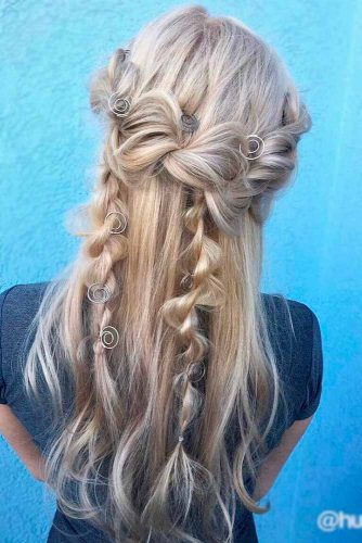 18 Stylish And Cute Homecoming Hairstyles My Stylish Zoo