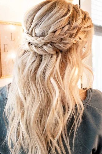 12 Fancy Updos For Medium Length Hair My Stylish Zoo