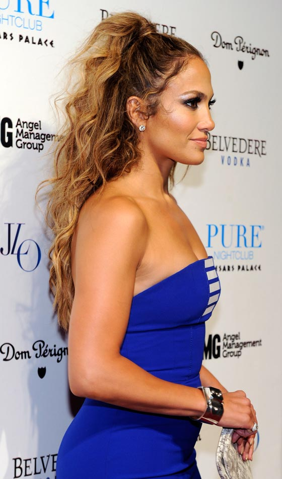 9 Beautiful Updos For Long Curly Hair My Stylish Zoo