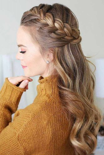 Just look at these cool hairstyles and you will no longer want to do the usual boring French braid. Here you can see crown, halo and waterfall braid styles.