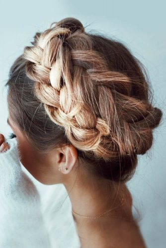 Here comes the most dramatic style among all the french braid hairstyles: the crown french braid. If you are about to show that you are a queen, ...