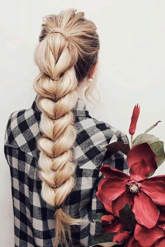 16 Romantic Hairstyles And 8 Inspirational Happy Valentines Day