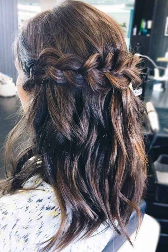 21 Lovely Medium Length Hairstyles For A Romantic