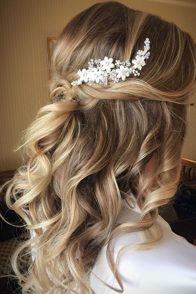 30 chic and easy wedding guest hairstyles my stylish zoo