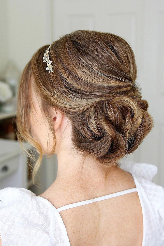 30 CHIC AND EASY WEDDING GUEST HAIRSTYLES - My Stylish Zoo