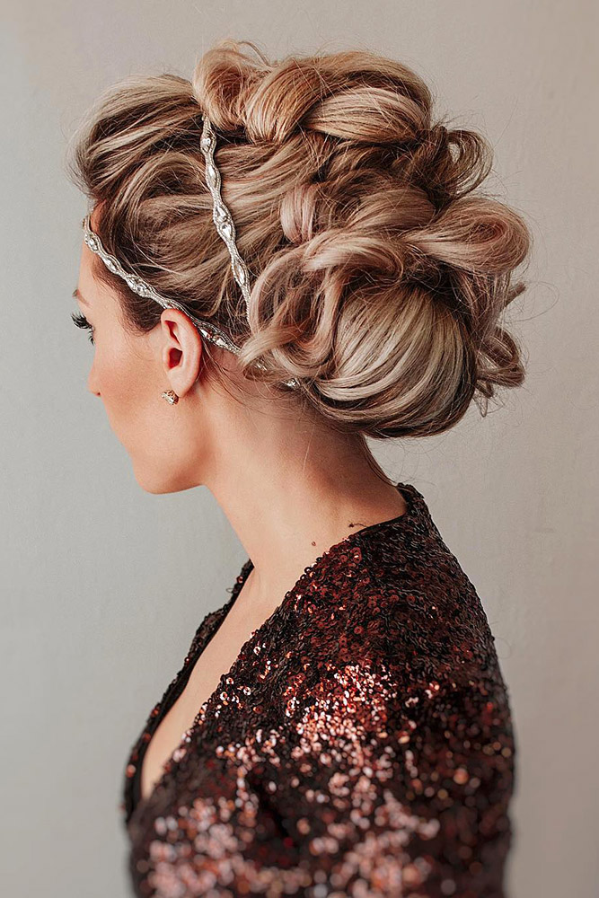25 Captivating Wedding Hairstyles For Medium Length Hair My