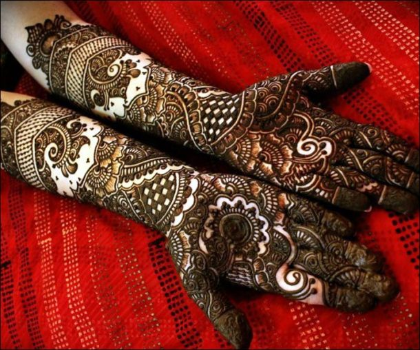 Top 35 Bridal Mehndi Designs For Full Hands And Legs For